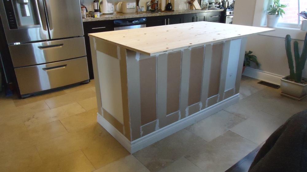 Building a kitchen island (4/6)