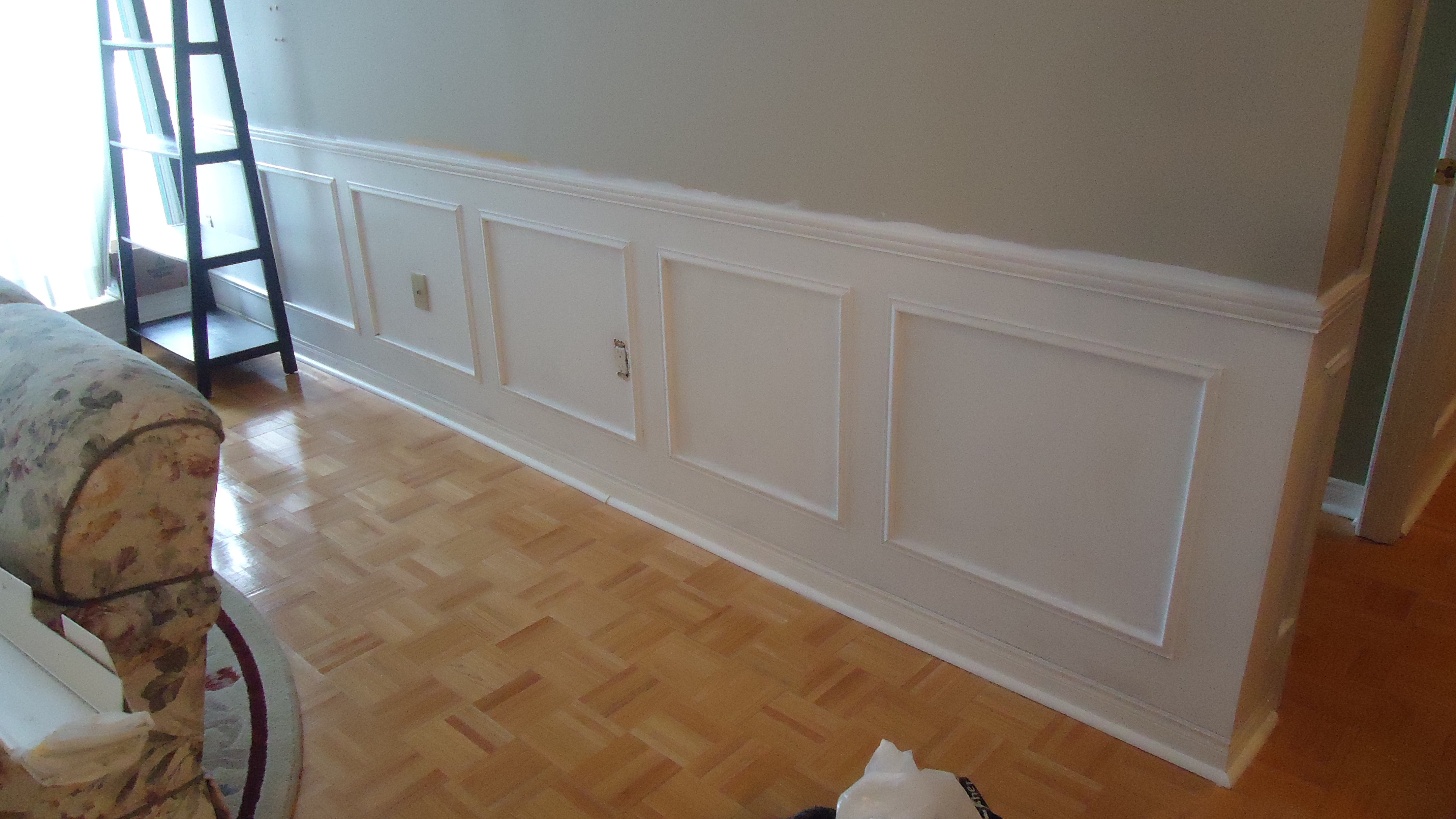Adding elegance with wainscoting Small Space Style : dsc06305 from smallspacestyle.org size 4320 x 2432 jpeg 2699kB