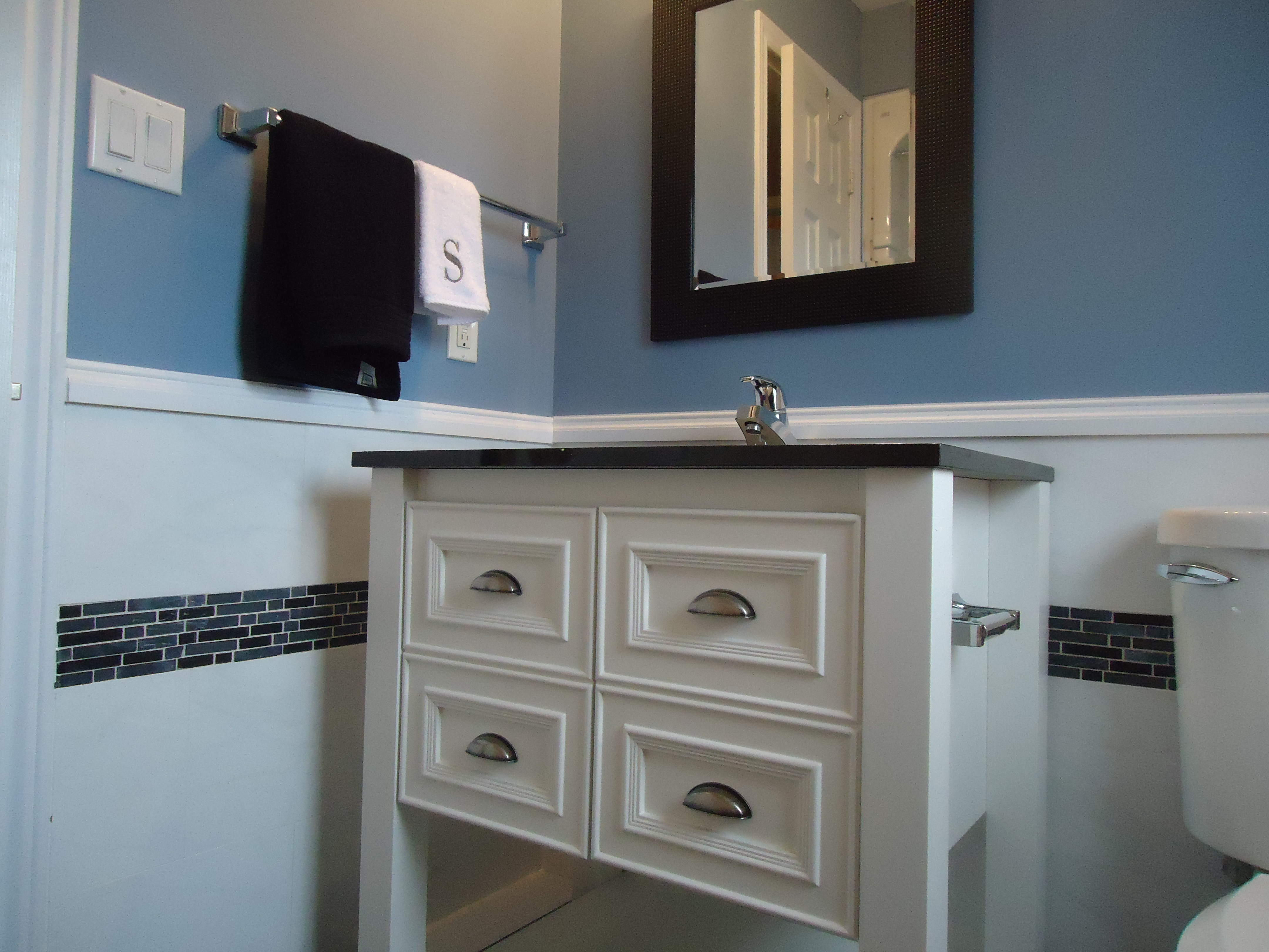 One more bathroom makeover small space style for Bathroom makeovers